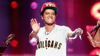 Bruno Mars Kicks Off 2017 Bet Awards With Epic perm Performance