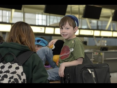 Nefesh B'Nefesh: Making Aliyah - JFK Departure - Aug 12, 2013 | NBN