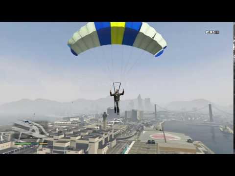 Grand Theft Auto V - Pájaro en mano.