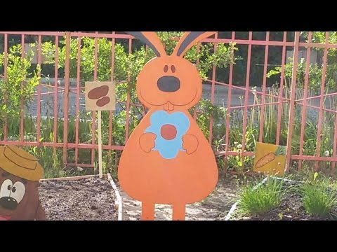 How To Craft Plywood Bunnies For Your Garden - DIY Crafts Tutorial - Guidecentral