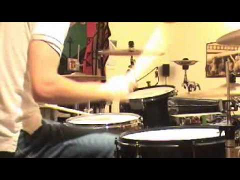#09: Beau plays to