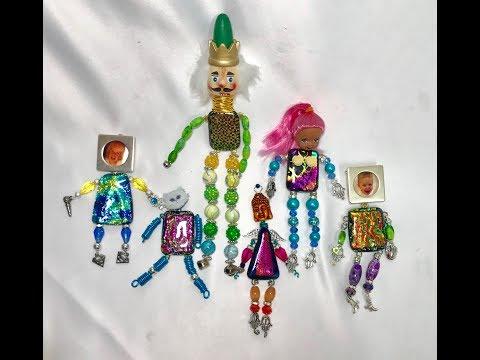 #50 Gallery Pendant Mini Me's
