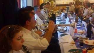 Dinar de Sant Jordi a Alcoi, a la Filà Asturianos!! Unió Musical Belgidense.