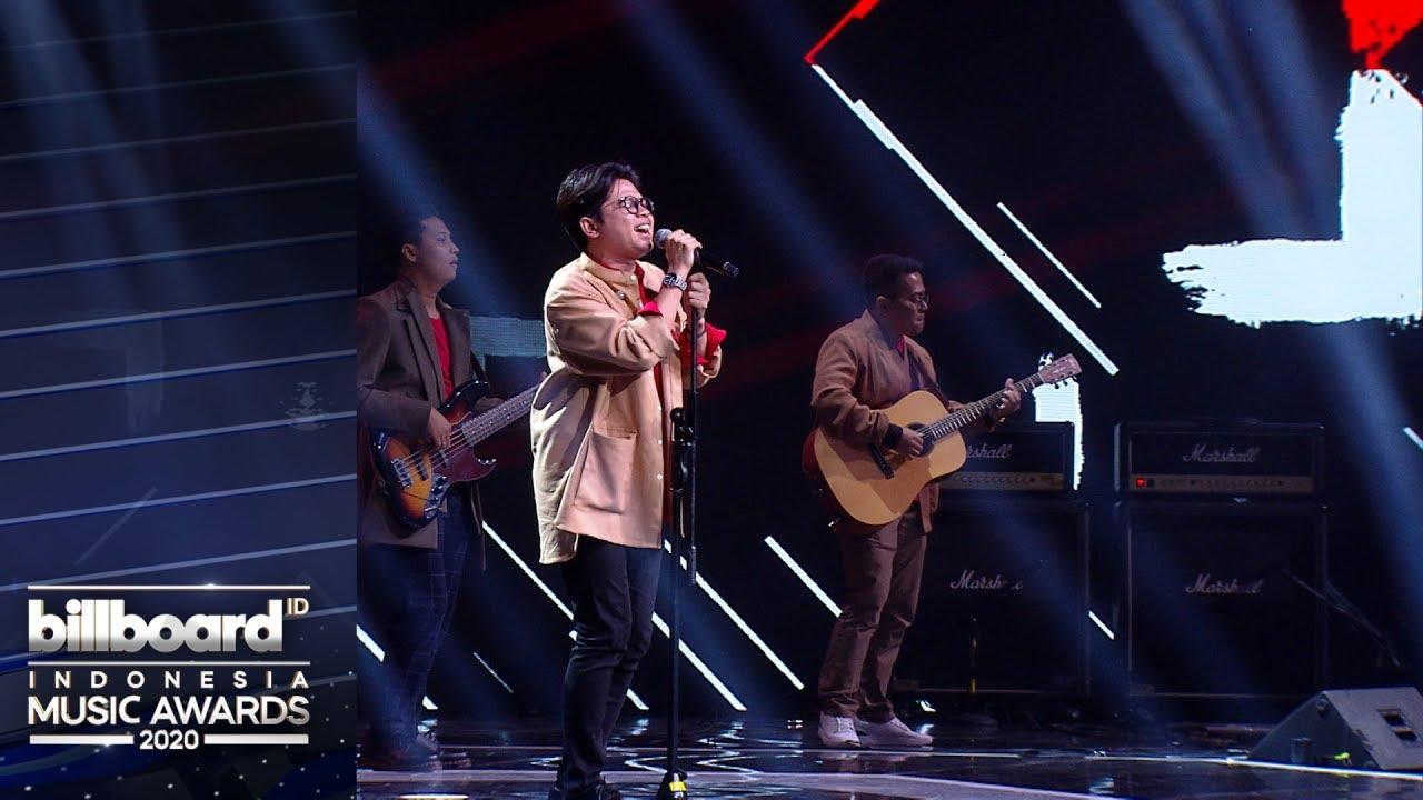 "Download BILLBOARD INDONESIA MUSIC AWARDS 2020 - Juicy Luicy ""Tanpa Tergesa"" MP3 Gratis"