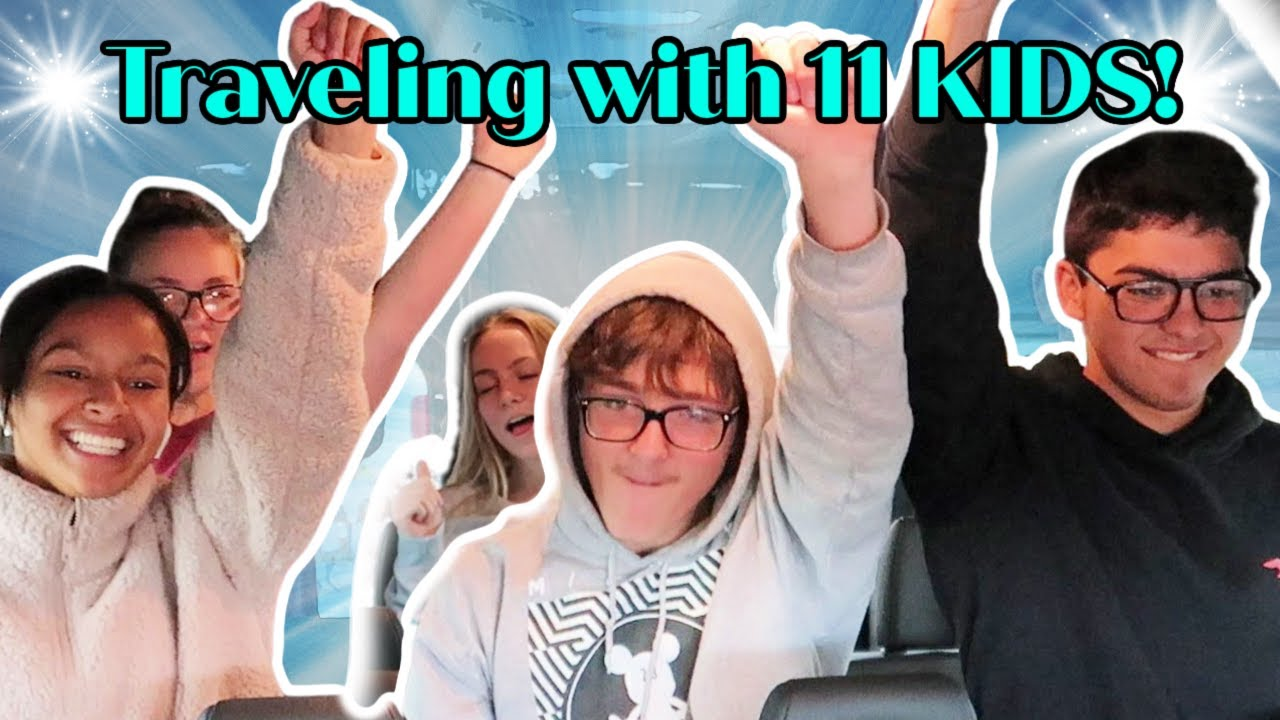Traveling with 11 KIDS! | Waterpark | Hotel Tour