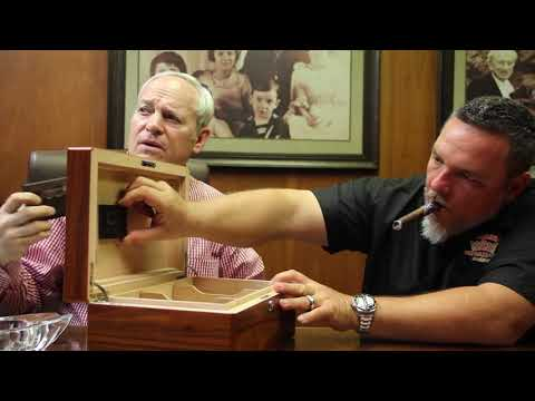 Diamond Crown Humidor - Corona Cigar Product Review