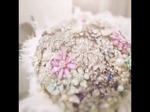 Feather brooch bouquet