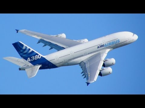 AIRBUS A380 World's Largest Passenger Airliner