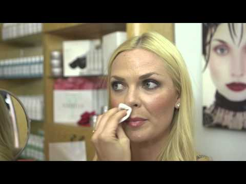 How to Use Sugaring Paste on Your Upper Lip : Skin Care Topics