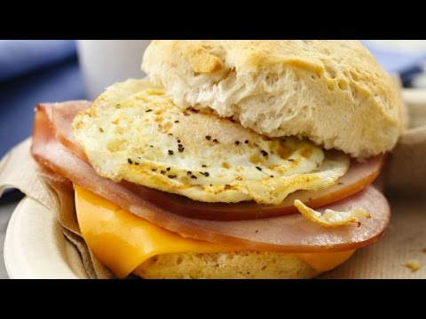 How to make a ham,egg and cheese,bagel breakfast sandwich