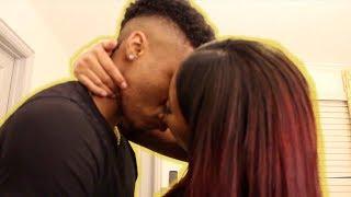 NO HANDS KISSING CHALLENGE!! (JUICY)