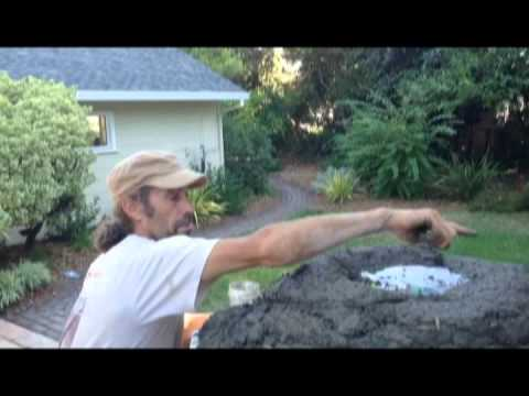 Building a Cob Beehive Oven