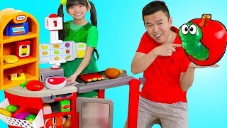 Download Emma Pretend Play Shopping w/ Kids Grocery Supermarket Food Toy Store Video