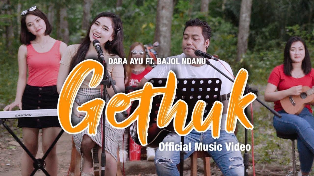 Download Dara Ayu Ft. Bajol Ndanu - Gethuk (Official Music Video) | KENTRUNG MP3 Gratis