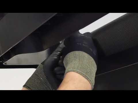 How to change the rear feet on an Intense Run treadmill ?