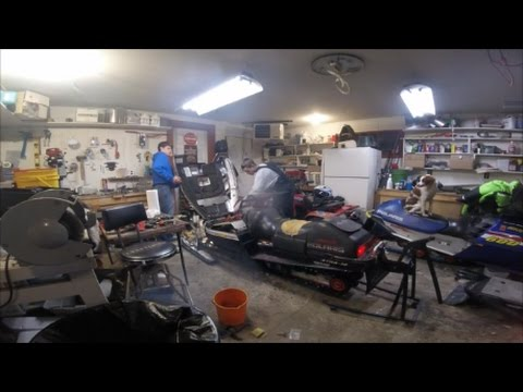 Snowmobile Project Part 2 Cleaning The Carbs!
