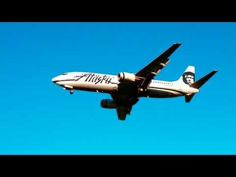 Seattle Tacoma Airport Planes Landing at Sea Tac