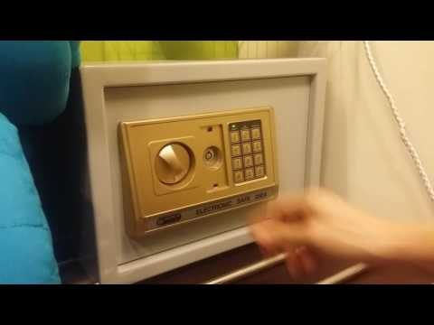 How to reset a password for a digital safe.