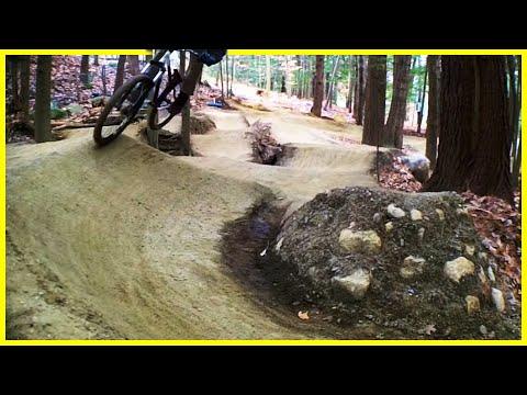 Pumptrack - A quick pump track lap with Phil Kmetz - Mountain biking