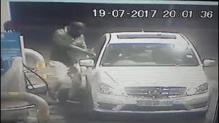 Gone in 60 seconds: Car hijacked at Joburg petrol station