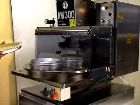 PIE MACHINE - John Hunt Am300 Turntable making small and large Tart shells.