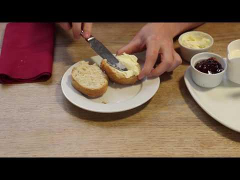 How to make a Devon Cream Tea