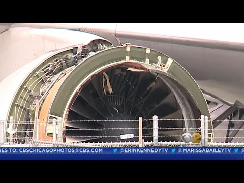 United Flight Loses Engine Cover Over Pacific