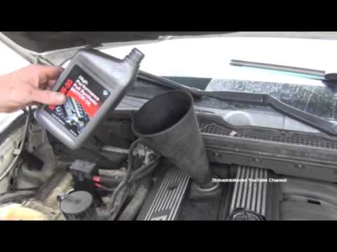 How To Check Your Oil Level, Demonstration On A BMW E36 3 Series