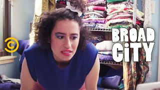 Broad City - Hack Into Broad City - Workout - Uncensored