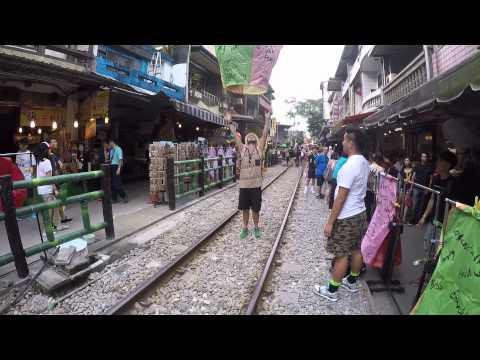 Backpacking thru China, Hong Kong, Taiwan and Vietnam.mp4