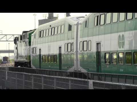 GO Transit Train Double Headed F59PH at Mimico Station with K5LA