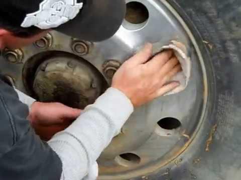 DIY: Aluminum wheel clean and shine By homemadeshine