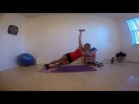 ARM REACH PLANK EXERCISE