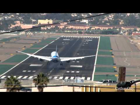 Boeing 787-8 Dreamliner Landing at San Diego Intl - With ATC
