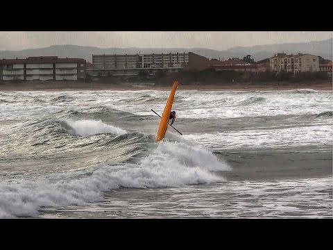 KAYAK LOOPS & SURFING SKILLS (17-12-16)