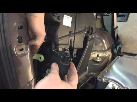 2005-2008 Ford Escape Hybrid Wrench Light B1239: Rear Mode Door Actuator Replacement