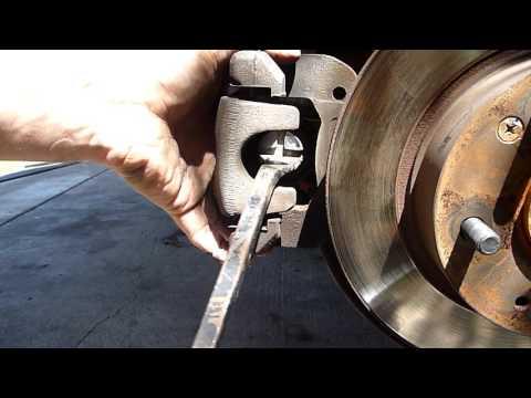 DIY Honda Accord Euro 2006 rear brake pad change