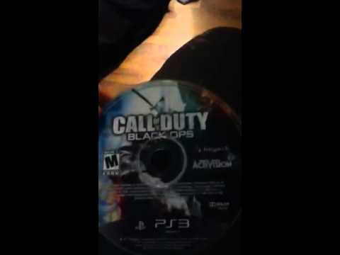 Ps3 makes noise and scratches game