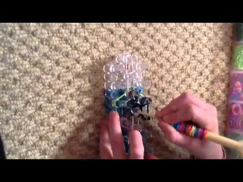 Rainbow loom starburst ring