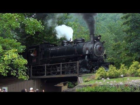 Dollywood Express: Alaskan Thunder in the Great Smokies