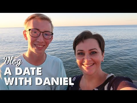 Vlog: A Date With Daniel | A Thousand Words