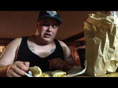 Food Review: Taco Bells Flat Bread Melts