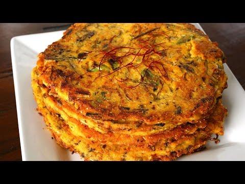 Mung Bean Pancakes (Bindaetteok: 빈대떡)
