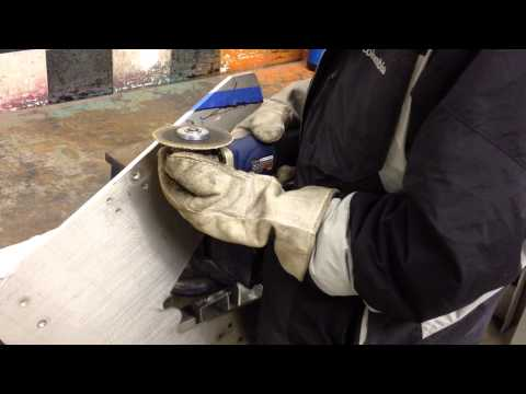WIKISPEED Demo cutting aluminum plate with an angle grinder