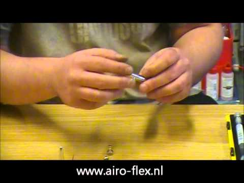 airbrush cleaning.wmv
