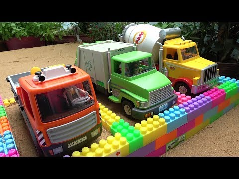 Building Toys Garage with Construction Vehicles - Cement Mixer, Garbage and Dump Truck