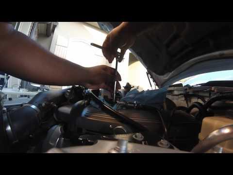 2005 Ford Mustang GT Fuel Pressure Sensor Replacement