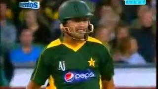 YouTube-Kamran Akmal 64 vs aus t20 2010.flv - YouTube.flv