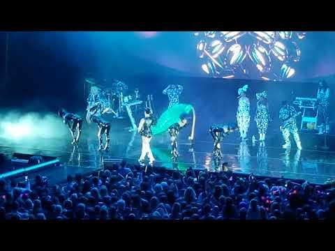 Katy Perry BON APPETIT Live Santa Barbara BOWL Montecito Mudslide Benefit Concert 5/19/2018