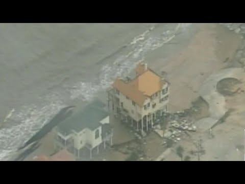 Mandatory evacuation orders in parts of Texas as Harvey heads ashore